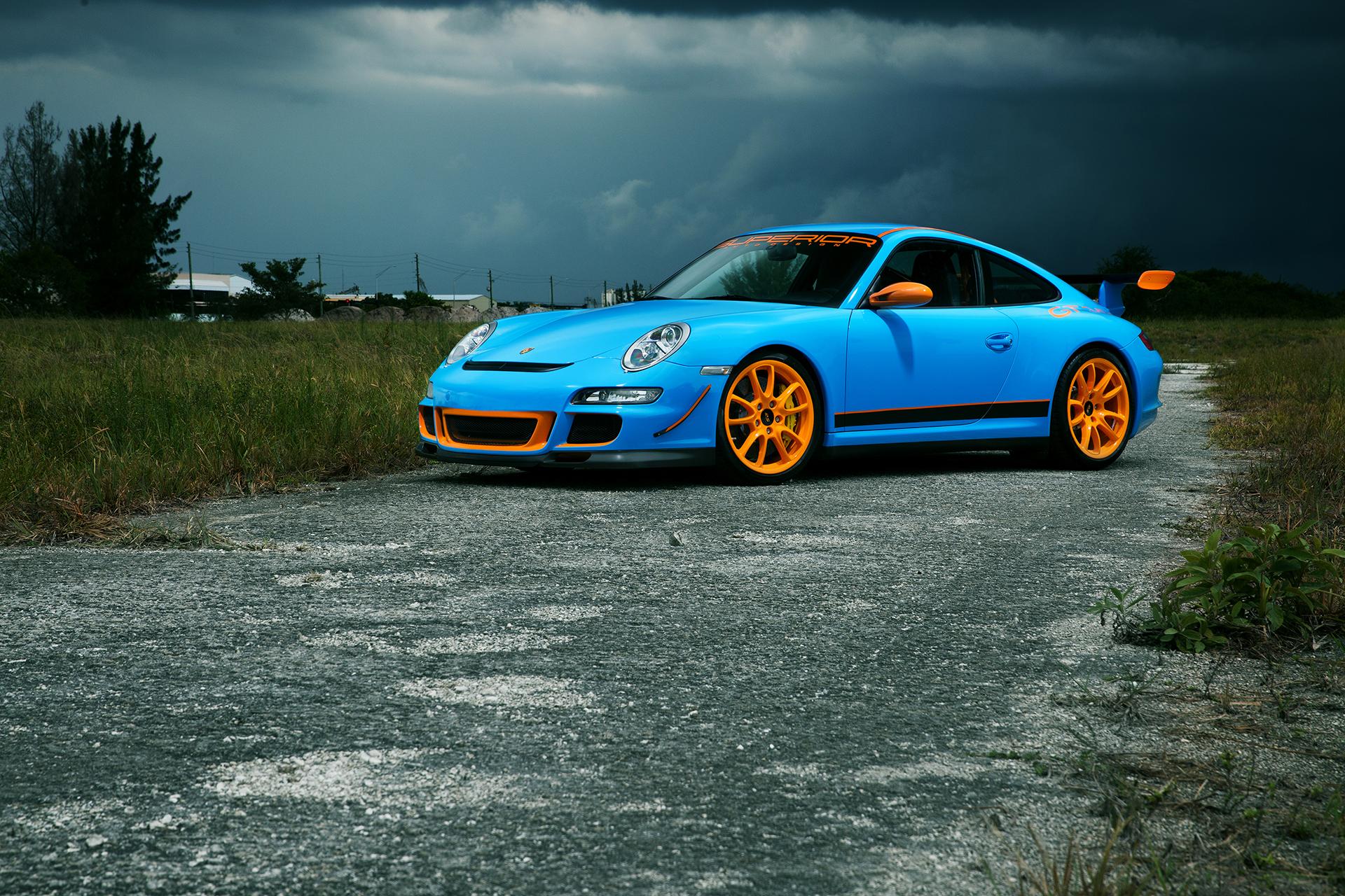 Blue Porsche GT3
