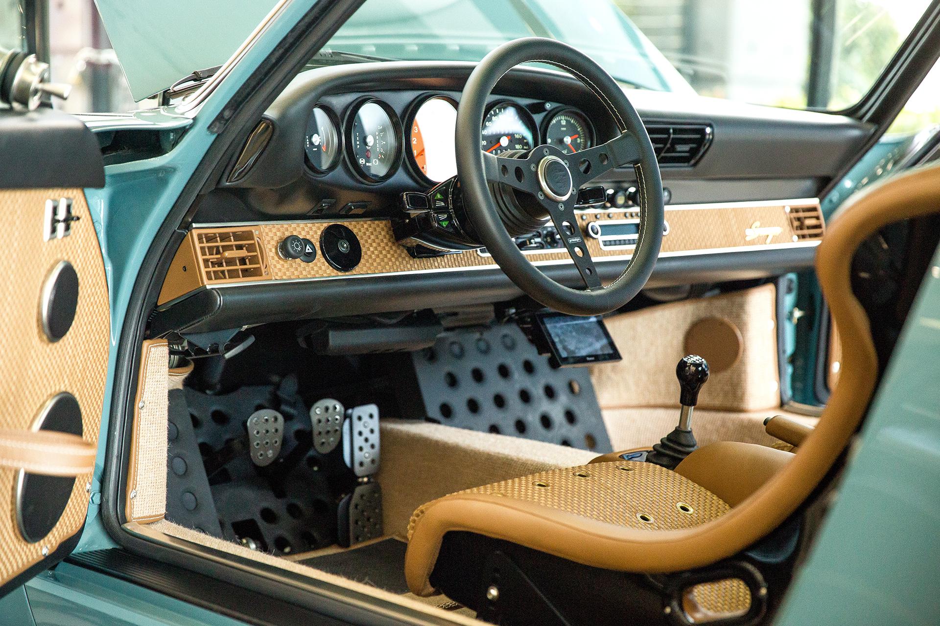 Singer Porsche Interior 2